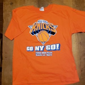 Vintage Knicks NBA Finals Spurs tee shirt